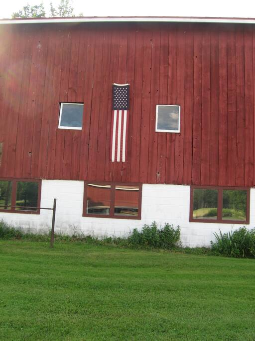 The patriotic barn