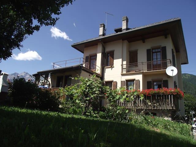 Casa Vascellari, finestra sulle Dolomiti