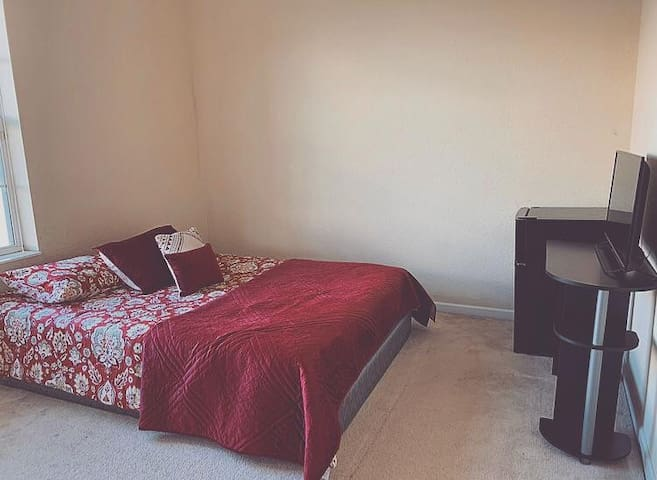 Cozy Room, near/perto Universal Studios-Outlets