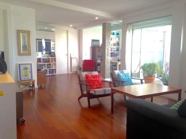 Nice Penthouse room in cozy Retiro neighborhood