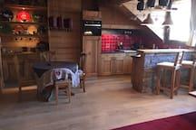 60 sq.. m Savoyard Loft in the heart of Annecy