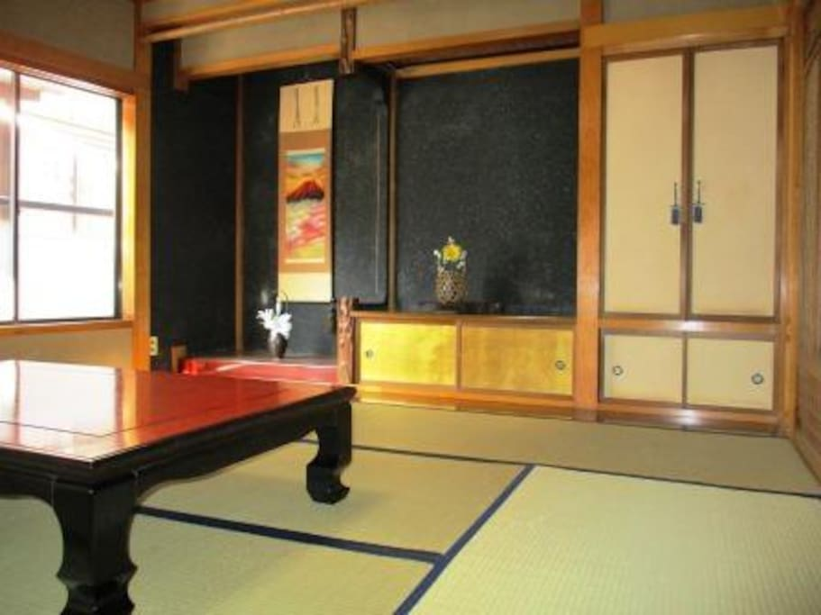 Tatami room1:Japanese traditional room in the hanging scroll.