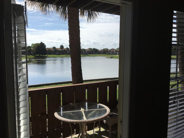 Awesome apartment in Riviera Beach - Riviera Beach - Appartement