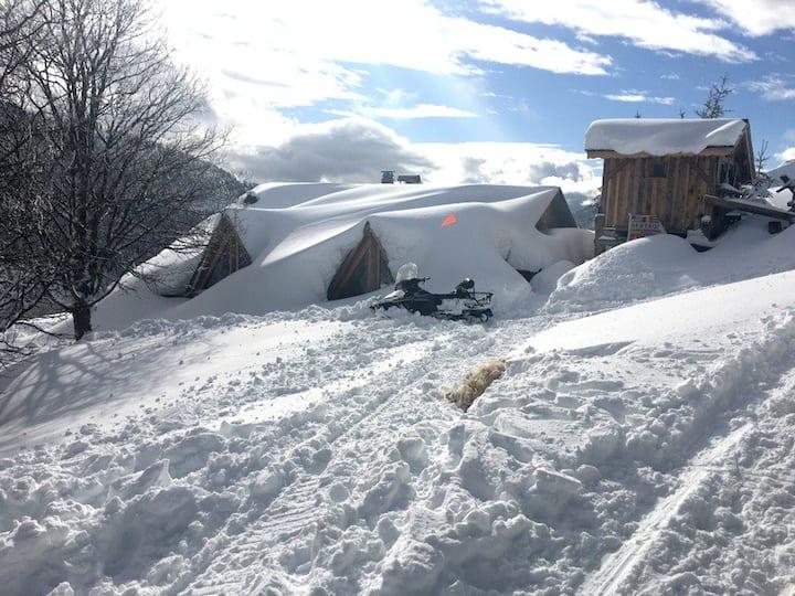Refuge d'alpage Les Gets-Morzine skis aux pieds