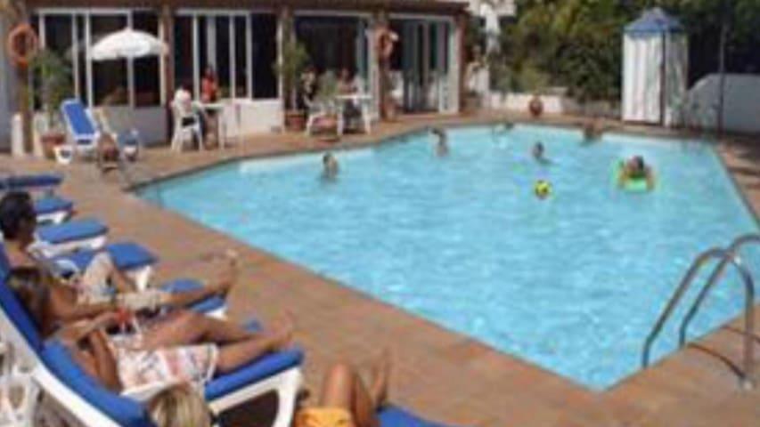 Tenerife south Playa Las Americas wifi free  #101