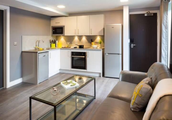 Student Only Property: Decent Grande Studio - LOS 12 months 10% off