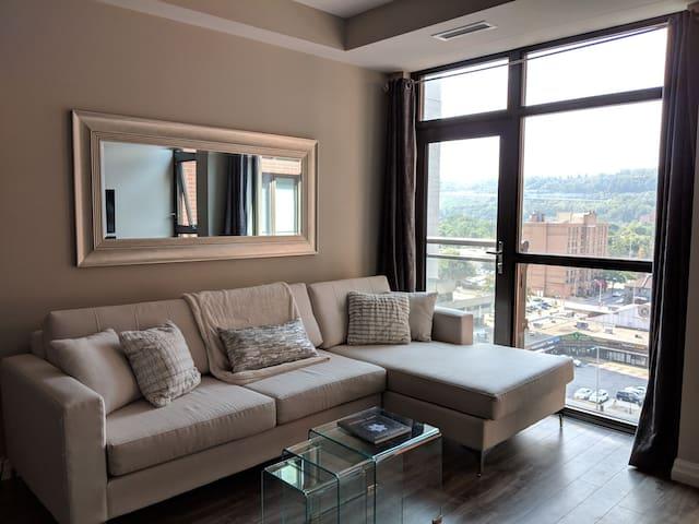 Luxury Condo Downtown Hamilton