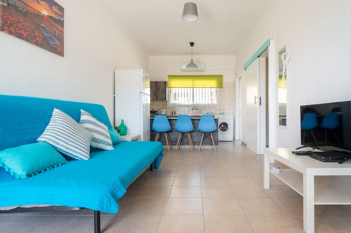 """Color Cyprus Ap.1Bedroom """"Lania"""", 2 min from beach"""