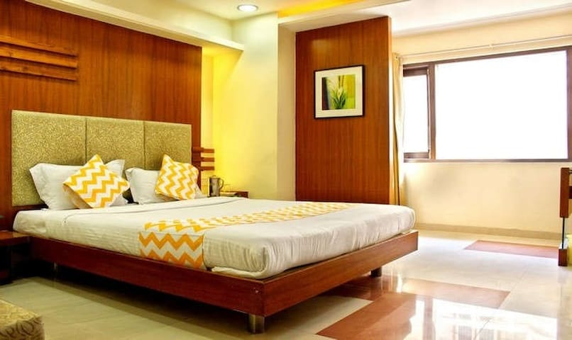 cozy stay near Treasure Island Mall Indore. - Indore - Pis