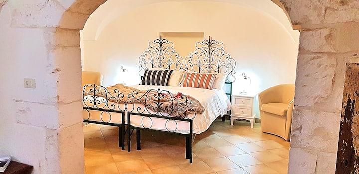Middle Apartment Palazzo Rodio
