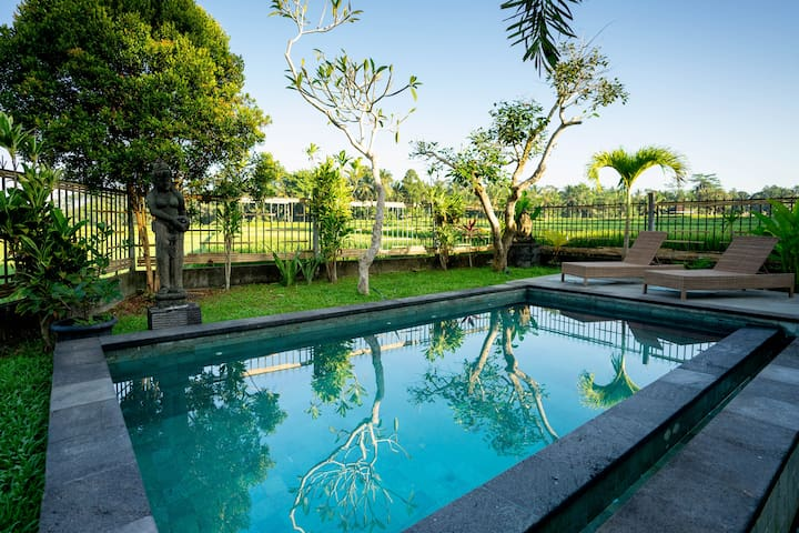 2BR Villa With Rice Paddy View at Dewa Dewi Villa