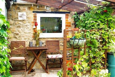 Lime Orn Cottage (UKC2554)