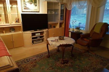 Omakotitalo, 115m2; ollut omistajan asuntona aina - Lappeenranta - Rumah