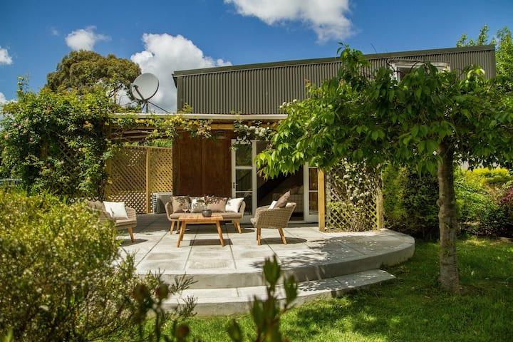 Summer Cottage Martinborough