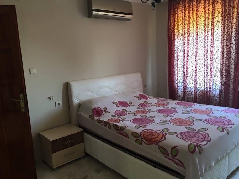 Ebeveyn yatak odasi / bedroom