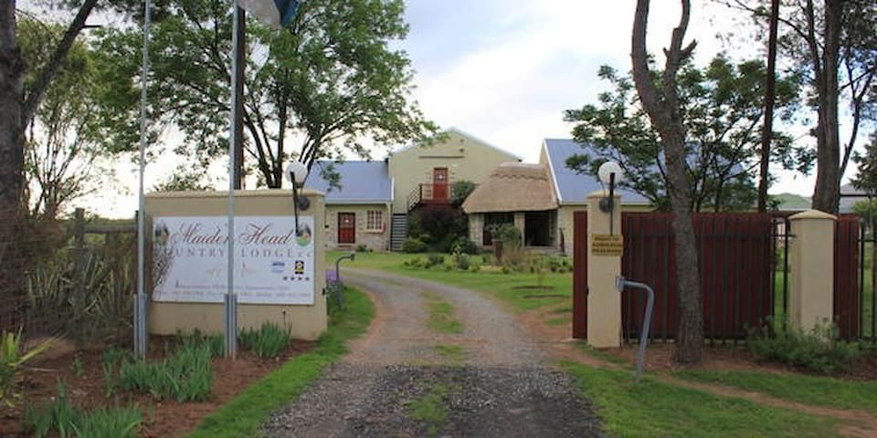 Maidenhead Country Lodge - Fort Beaufort - Inap sarapan