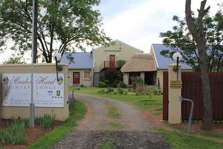 Maidenhead Country Lodge - Fort Beaufort - Bed & Breakfast