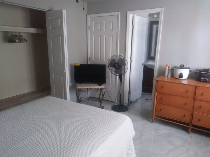 vacation rental Private bed room private entrance
