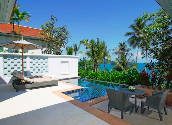 Pool Villa overlooking Panwa Bay Amatara Wellness