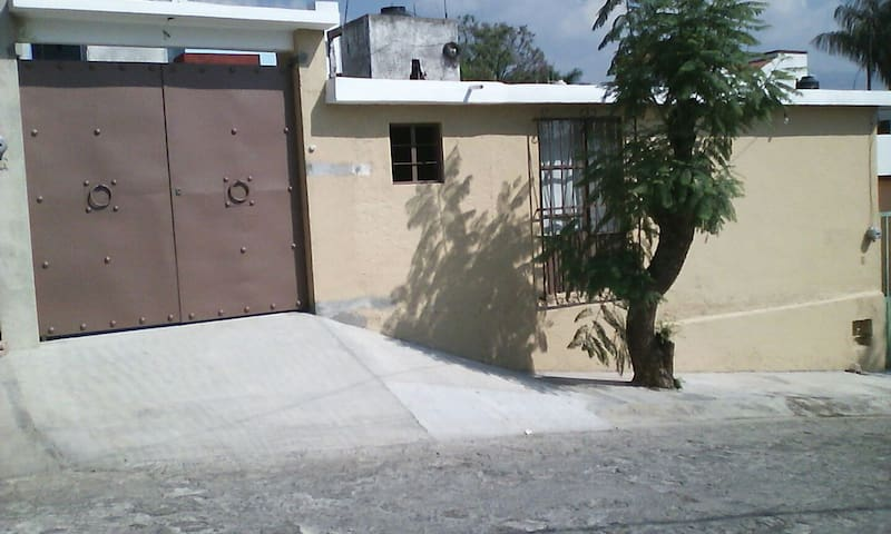 Departamento en zona tranquila - Cuernavaca - Lägenhet