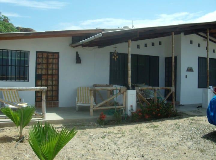 MaríaJosé bungalows ( Casa)