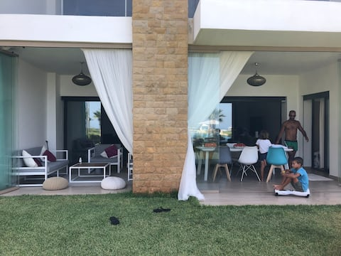 Appartement  LUXE 190m2 Plage Des Nations Vue Mer