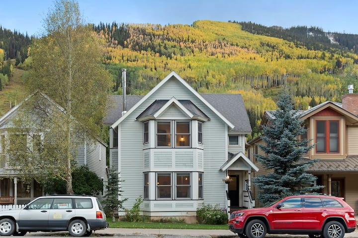 Dreamy Telluride Main Street Home with a Wonderful Mountain Aesthetic and Great Kitchen