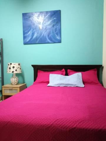 Sophias Hostel PTY -  Double Room w A/C