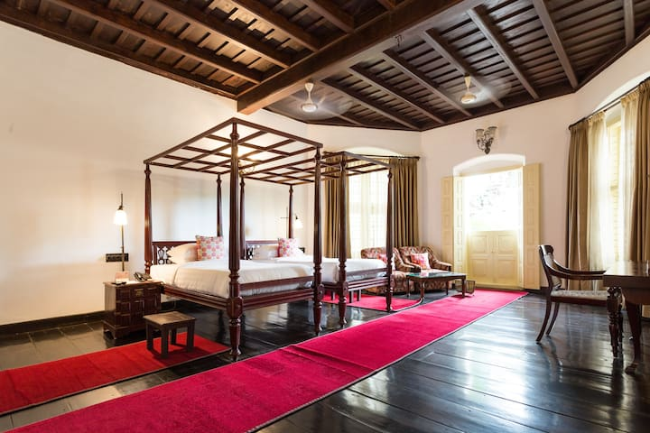 Koder House Heritage Mansion Suite TWIN