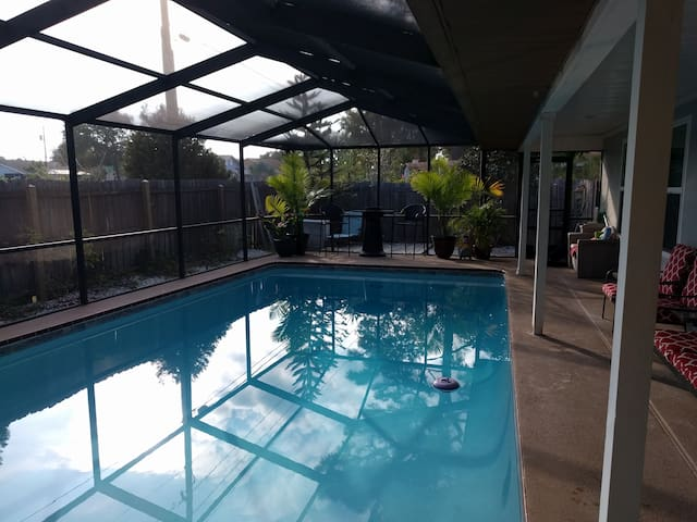 Sue Casa - Fun in the sun with pool - Tarpon Springs - House