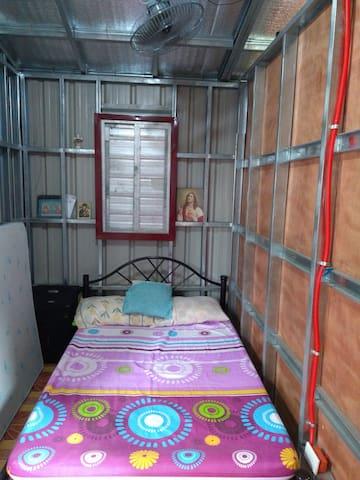 Bedroom 2 with floor mattress