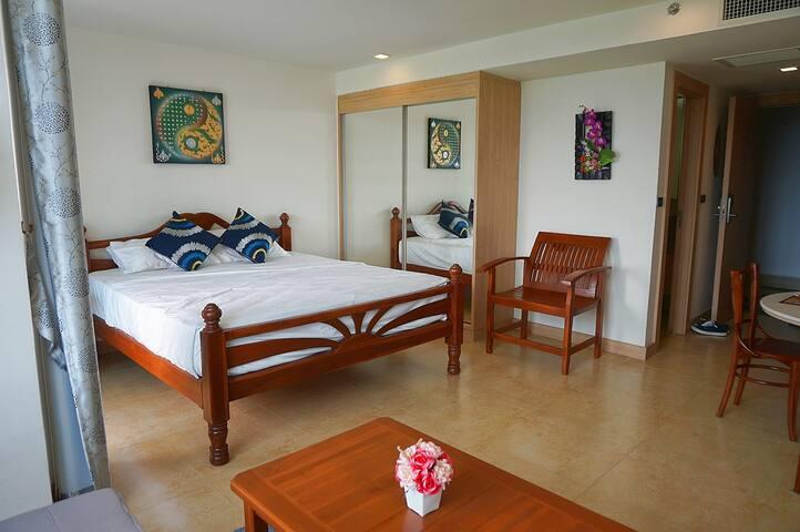 Spacious Seaview Studio @ Pratumnak Hill - Muang Pattaya - Byt