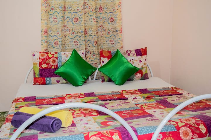 Leisure Home Stay Negombo(A/C)
