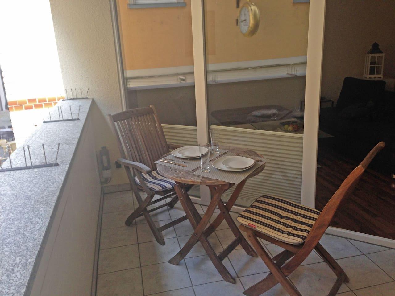 Balkon - Zugang vom Wohn- und Schlafzimmer