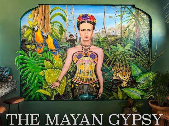 Ocean retreat in top location -The Mayan Gypsy