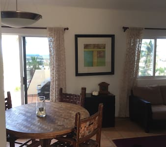 Penthouse unit with private patio and ocean views - San José del Cabo - Condomínio