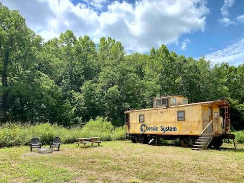 The Caboose at Dutch Creek Retreat