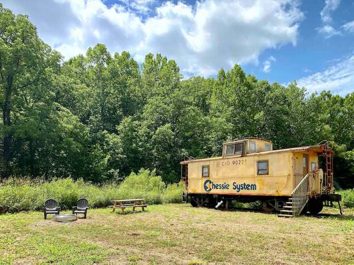 The Caboose at Dutch Creek Retreat