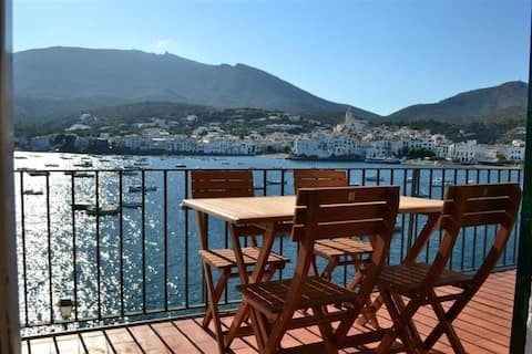 101.18-Apartment with two double bedrooms and one terrace with fantastic sea views.