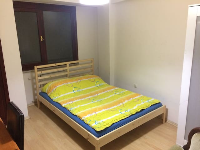 Quality and Cheap Central Room - İstanbul  - Apartamento
