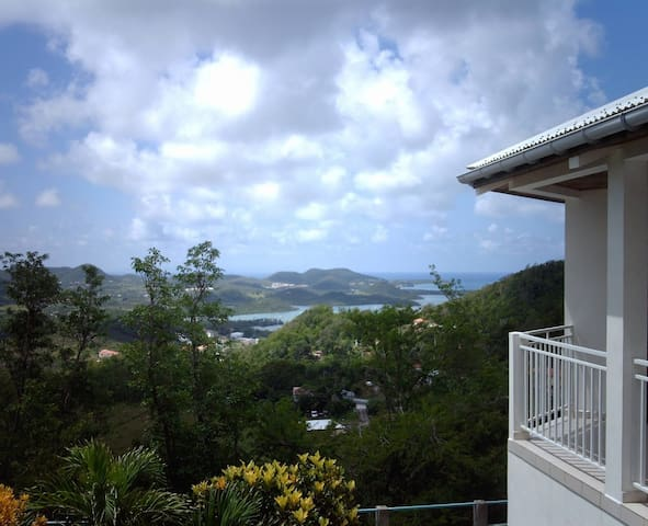 Maison Indépendante Panoramique Ventilée Calme - Le Marin - Villa