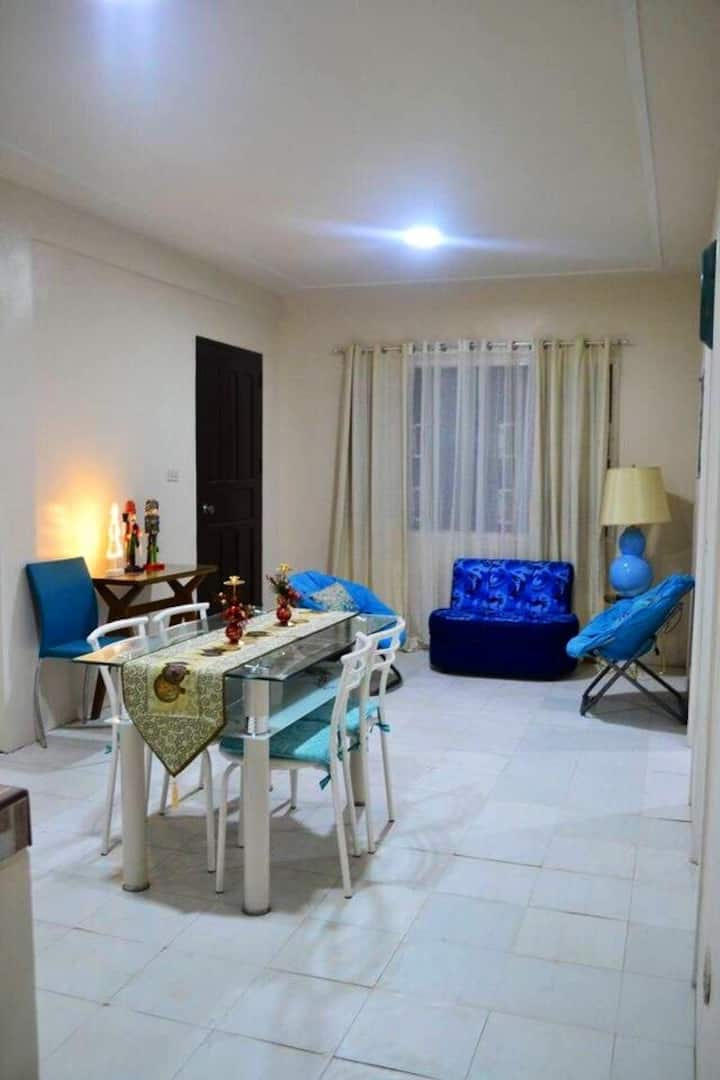 Blue Haven Apartment near Nuvali and Tagaytay