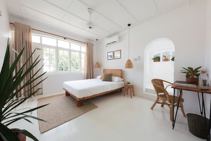 Srilax - Deluxe Double Room (The Nook)