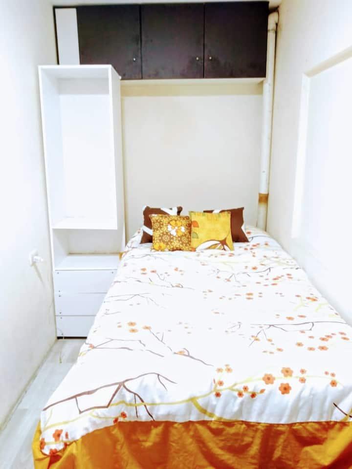 Mini alojamiento para pareja wifi, cocina y refri