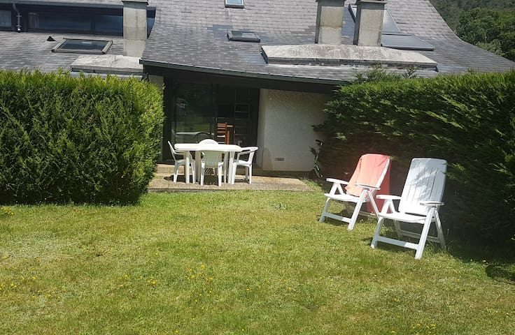 Cottage au bord du gave