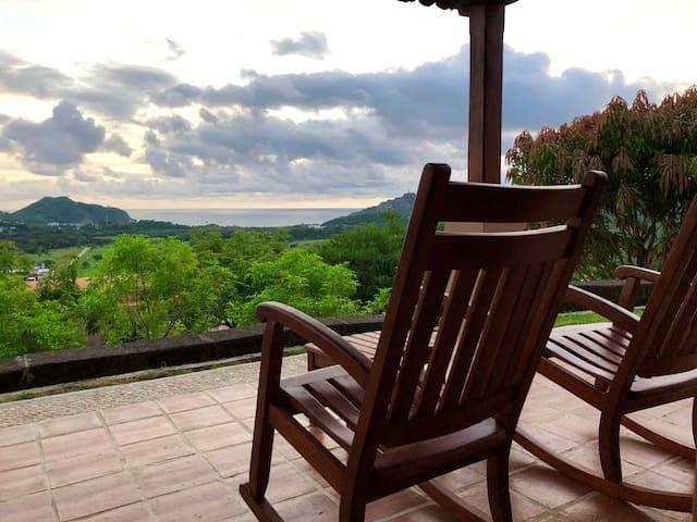 Oceanview Villa, Gated Community, 2 Suites