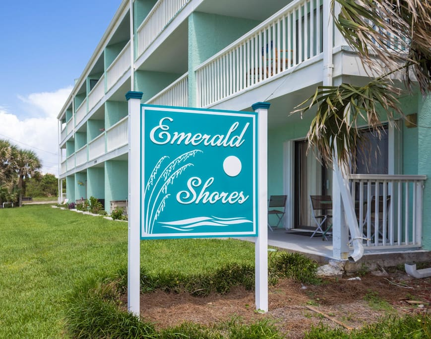 Emerald Shores 1001 ~ Steps from the Beach ~ Paradise Properties