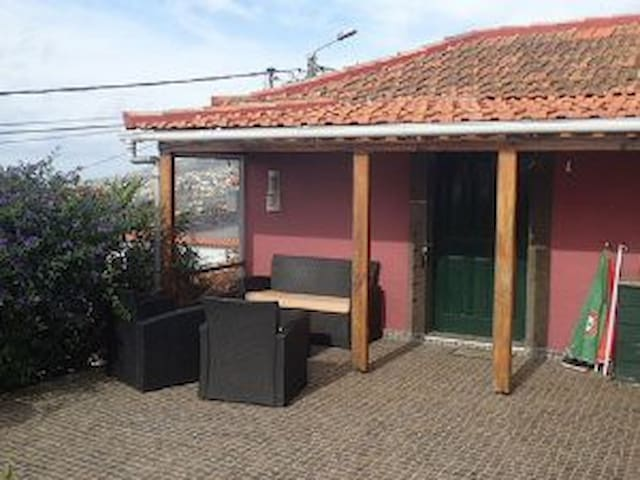 Little Norway Cottage in Madeira