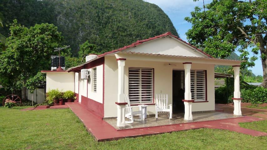 Casa Campo Mario y Magalys