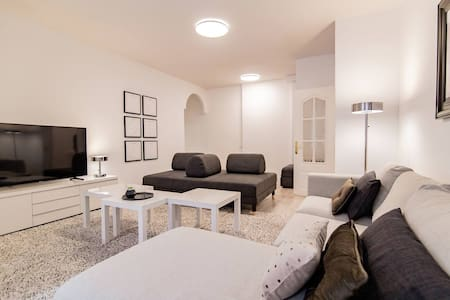 EXCLUSIVE Apartment | Bernabéu - GARAGE included